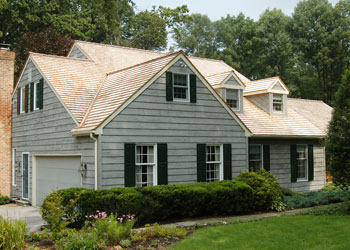 Traditionally The Cape Cod Roof Was Made Of Pine U201cshakesu201d And Later Cedar  Shingles. The Stetsons, With The Help Of HBA, Chose A Classic Cedar  Tapersawn.